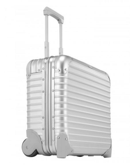 Een koffer van de Rimowa Pilot collectie